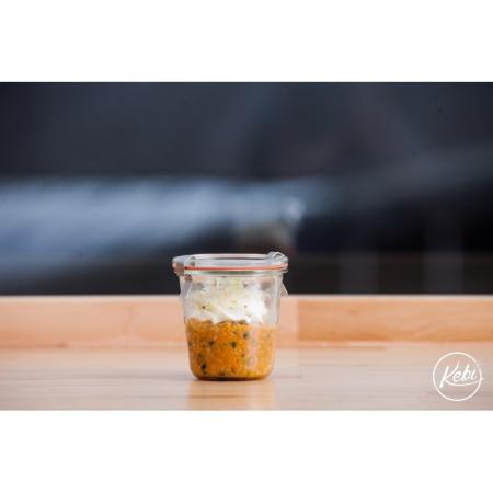 Oeuf brouille  espuma de chevre et graine germee